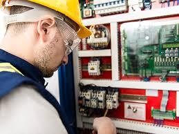 Técnico Electricista, Luminaria, Cableado, Tablero y LLave Electrica en la molina, lima